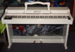 BENTLEY ELECTRIC PIANO EP6c (ANALOGUE) early 80`s.