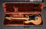 PEAVEY T-60 ELECTRIC GUITAR.