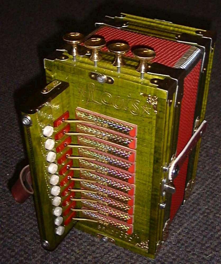 mannings musicals louis cajun accordions. Black Bedroom Furniture Sets. Home Design Ideas